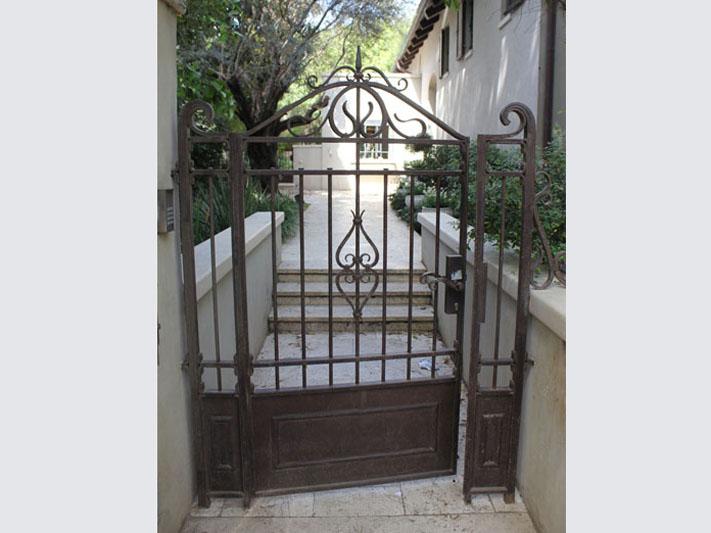 שערים מעוצבים לבית