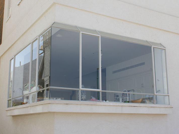 חלון בלגי עיצוב ייחודי